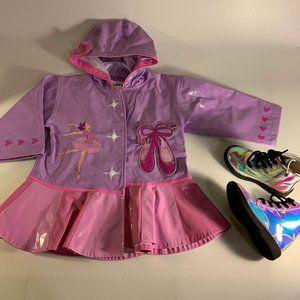 Bundle of boots Size 7 and Rain coat 2T